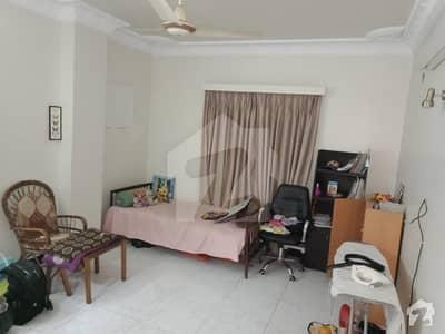کلفٹن ۔ بلاک 2 کلفٹن کراچی میں 3 کمروں کا 10 مرلہ بالائی پورشن 1.1 لاکھ میں کرایہ پر دستیاب ہے۔