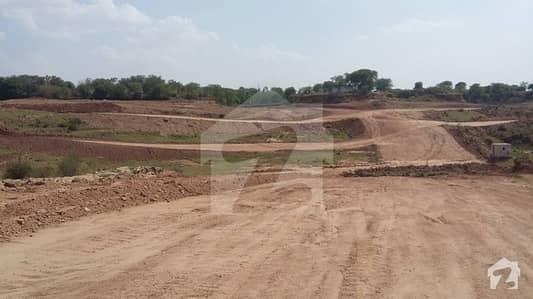 گریس ویلی اسلام آباد میں 1 کنال رہائشی پلاٹ 22. 5 لاکھ میں برائے فروخت۔