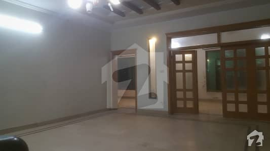 I-8 Full House Is Available For Rent Near To Khachnar Park Ideal Location