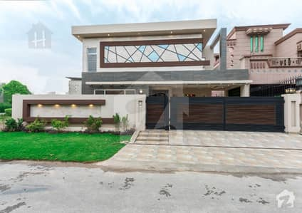 Top Class Kanal Brand New Bungalow  For Sale