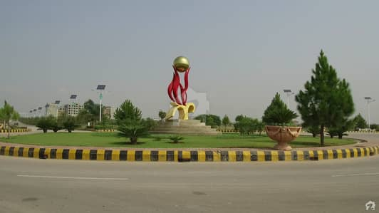4040 Commercial Plot Available For Sale In Gulberg Business Square