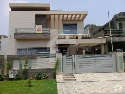 10Marla House  Available for rent in DHA Phase 6 A block