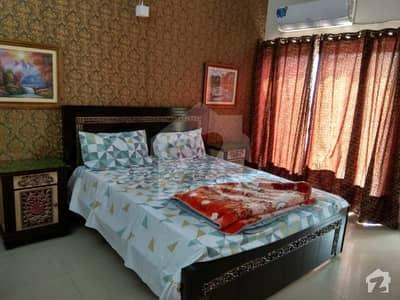 ڈی ایچ اے فیز 8 - ڈی ایچ اے ولاز ڈی ایچ اے فیز 8 ڈیفنس (ڈی ایچ اے) لاہور میں 4 کمروں کا 10 مرلہ مکان 1.2 لاکھ میں کرایہ پر دستیاب ہے۔