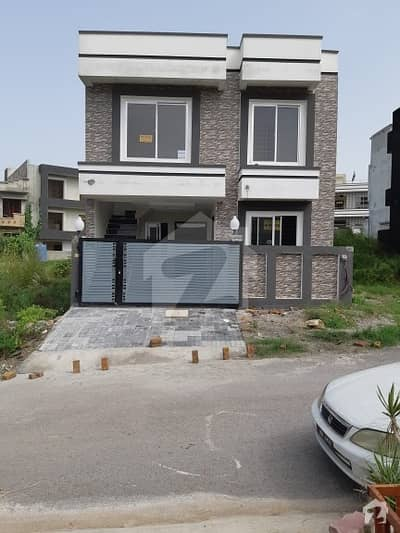 5 Marla House In Jinnah Garden 1 And Half Storey House