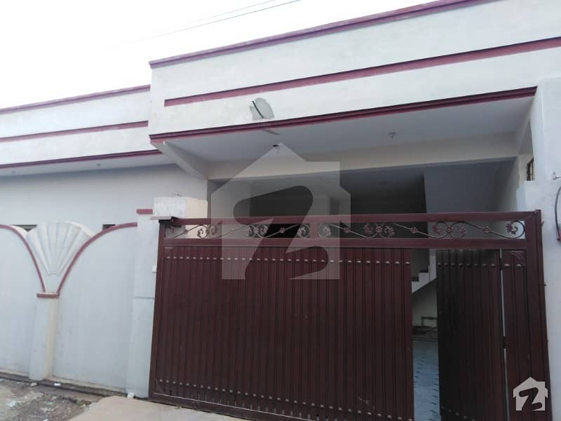آئی ۔ 14/4 آئی ۔ 14 اسلام آباد میں 3 کمروں کا 10 مرلہ مکان 1.25 کروڑ میں برائے فروخت۔