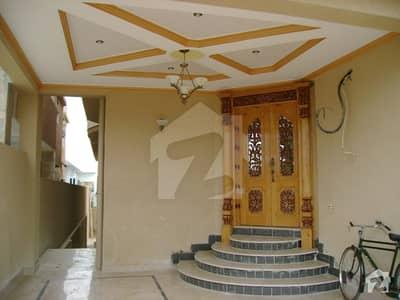 ایف ۔ 11/3 ایف ۔ 11 اسلام آباد میں 6 کمروں کا 1.33 کنال مکان 2 لاکھ میں کرایہ پر دستیاب ہے۔