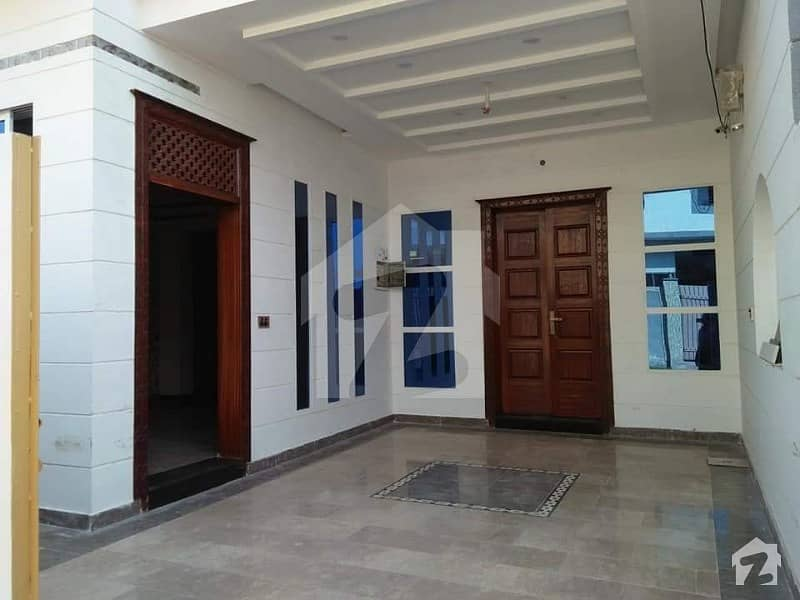 6 Marla Luxury Brand New Double Storey Houses For Rent Available Near Model Town
