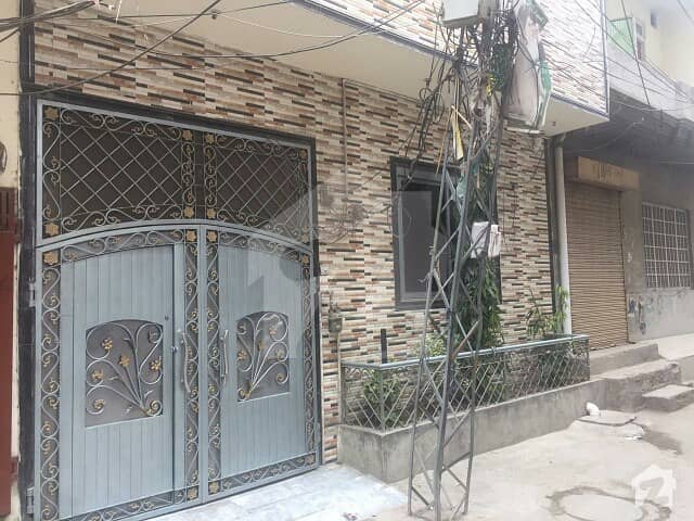 6.25 Marla Double Storey Family Oriented House For Sale