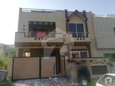 Cbr Brand New 30x60 Double Storey House For Rent