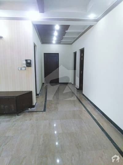 Defence 2 Kanal Separate Gate Upper Portion Available For Rent