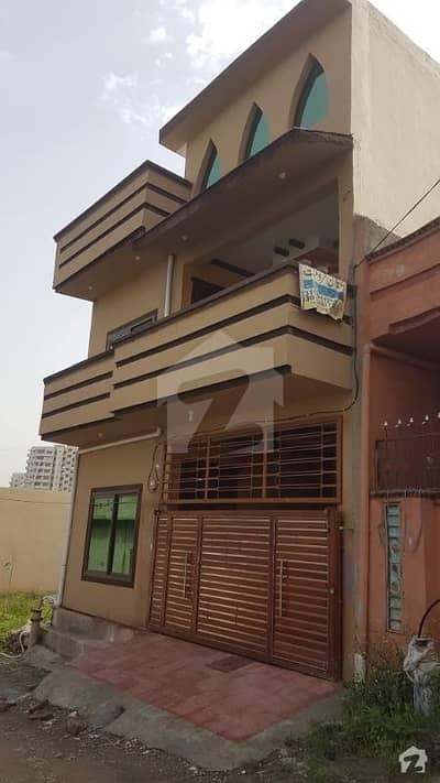 تارامری اسلام آباد میں 9 کمروں کا 5 مرلہ مکان 95 لاکھ میں برائے فروخت۔