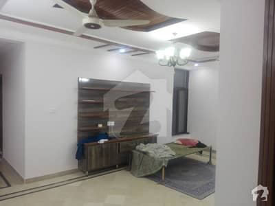 I-8/2 Single Storey With 3 Bed Attached Baths Dd Tv Lounge Near To Shifa