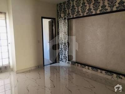واپڈا ٹاؤن فیز 1 - بلاک جے3 واپڈا ٹاؤن فیز 1 واپڈا ٹاؤن لاہور میں 2 کمروں کا 10 مرلہ زیریں پورشن 40 ہزار میں کرایہ پر دستیاب ہے۔