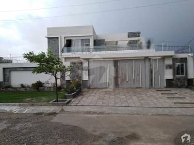 1 Kanal Double Storey House For Sale In Officers Town