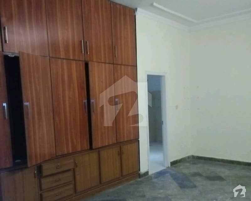 1 Kanal Lower Portion Is Available For Rent In Model Town - Block M