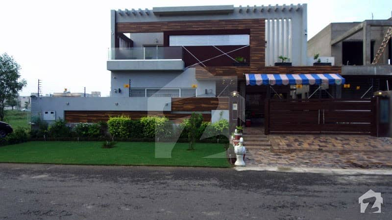 1 Kanal Brand New Bungalow With Basement  Swimming Pool For Sale