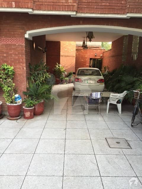 32 Marla Double Storey Corner House For Rent Township