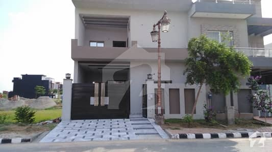 7 Marla Ideal Location  Double Storey House For Sale On 80 Ft Road  In M 7 A Block Lake City Lahore