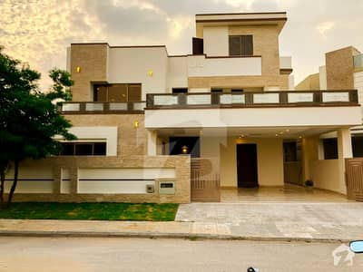 High Quality Practically 6 Bed Room House For Sale