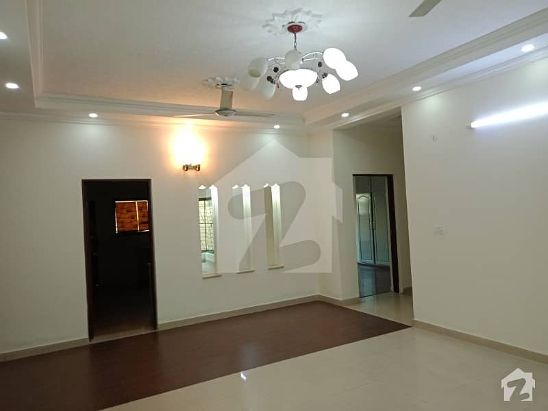 One Kanal Upper Portion For Rent In Dha Lahore