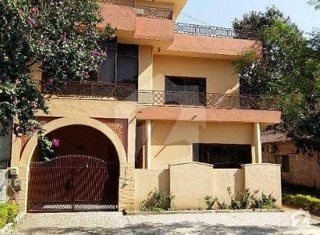 G-9/4 Corner House For Sale Size 30x50 Sq Ft