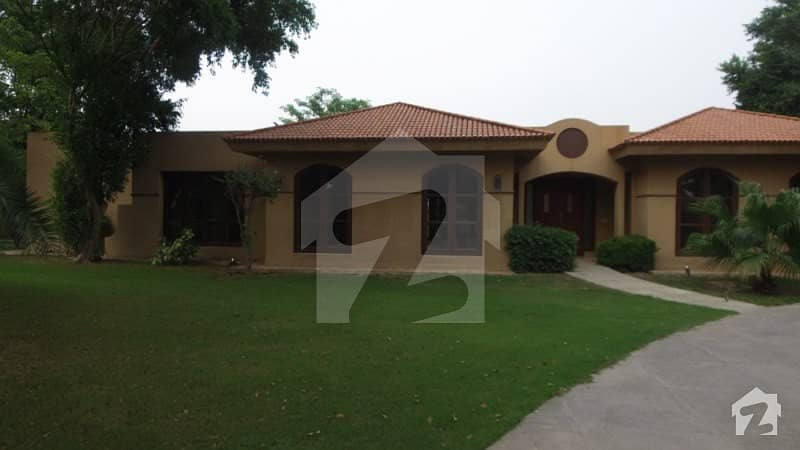 4 Kanal Luxury Farm House For a Rent On Bedian Road Lahore