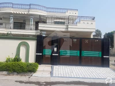 1 kanal house in prime location for sale