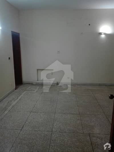 1 Kanal Upper Portion Is Available For Rent 3 Master Bed