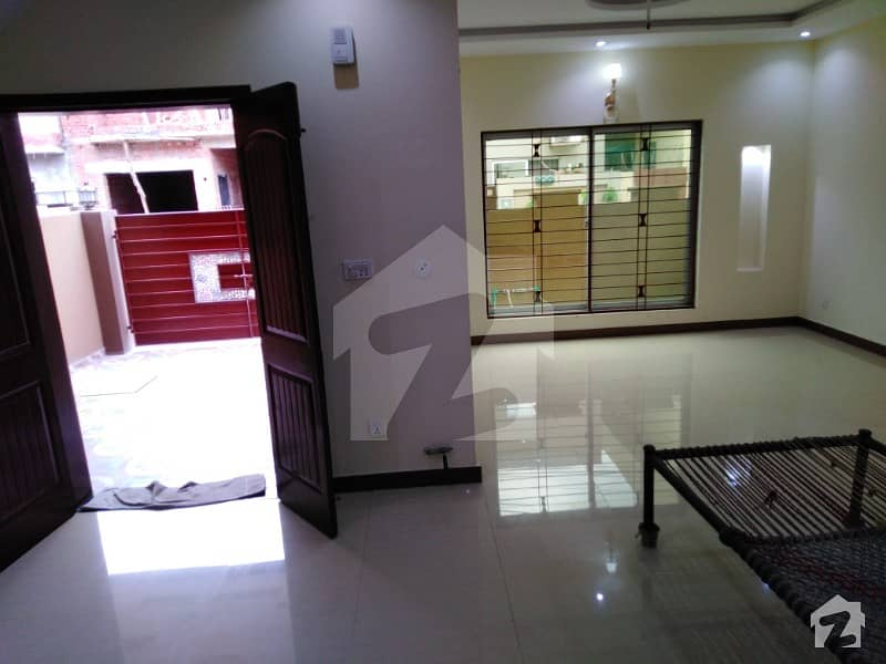 Brand New Luxury Portion For Rent In State Life Housing Society Lahore Phase 1 Opposite To Dha Phase 5