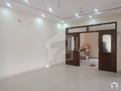 12 MARLA DOUBLE STORY HOUSE AVALABLE WITH GAS