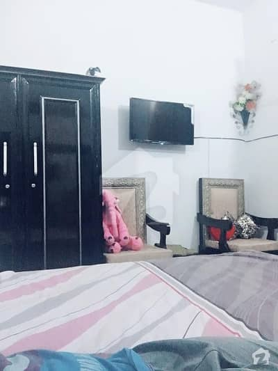 One Single Bed Room Or Attach Wash Room For Rent