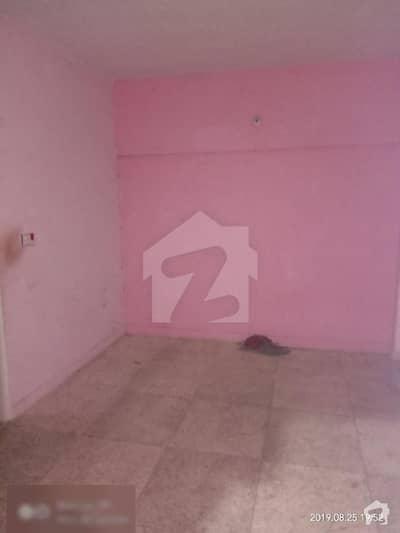 3rooms flat at north karachi