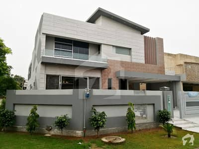 1 Kanal Brand New Luxury Bungalow