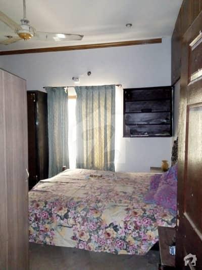 طارق گارڈنز ۔ بلاک ایف طارق گارڈنز لاہور میں 5 کمروں کا 1 کنال مکان 2.7 کروڑ میں برائے فروخت۔