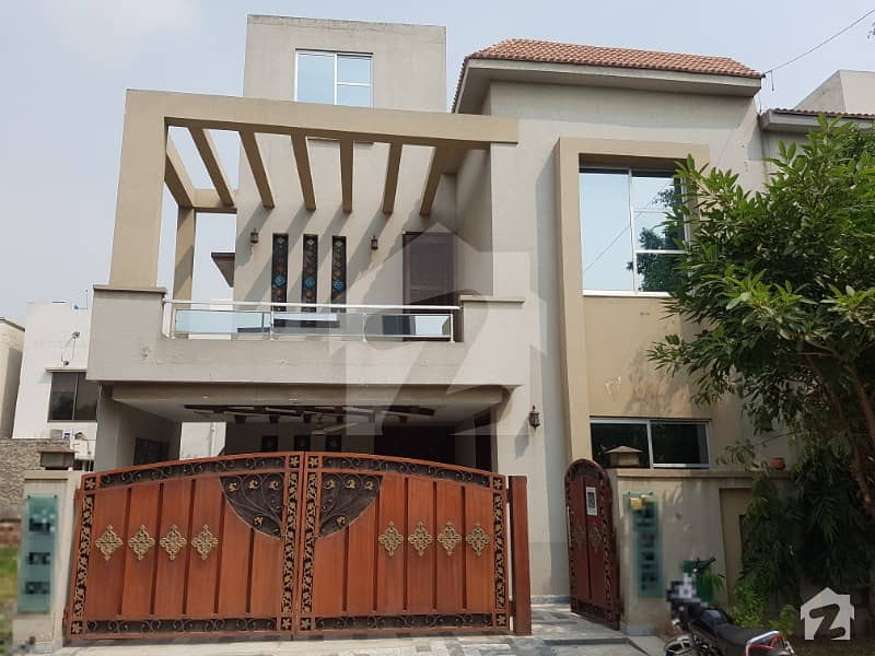 Super Offer 8 Marla House With Gas For Rent Only 55k