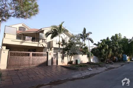 8 Bed House For Rent In F8