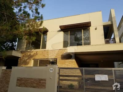 6 Bed Brand New House For Rent In F7