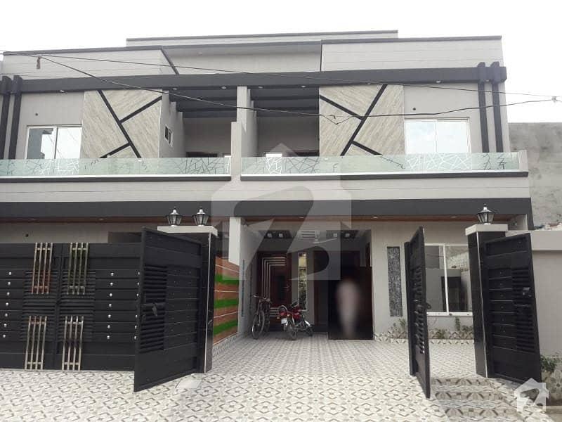 کالج روڈ لاہور میں 6 کمروں کا 8 مرلہ مکان 1.65 کروڑ میں برائے فروخت۔