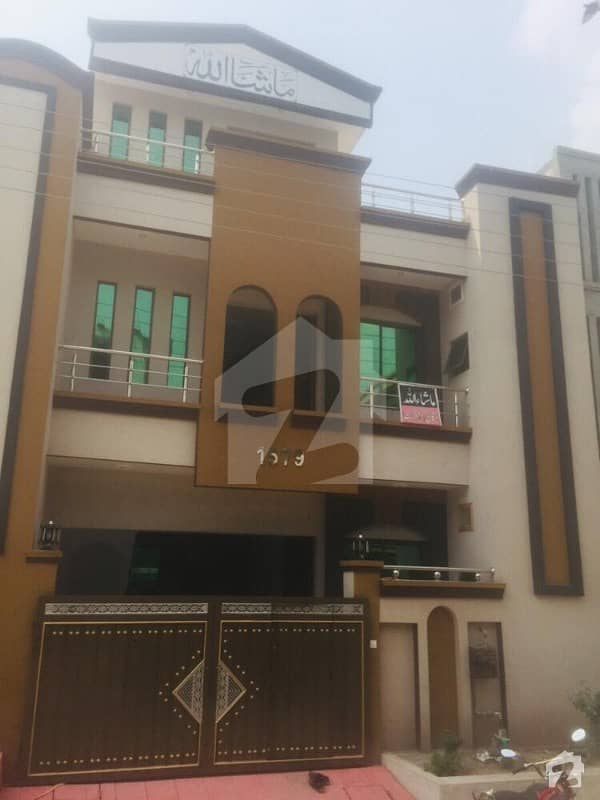 Newly Design 5 Marla Double Storey Beautiful House For Sale