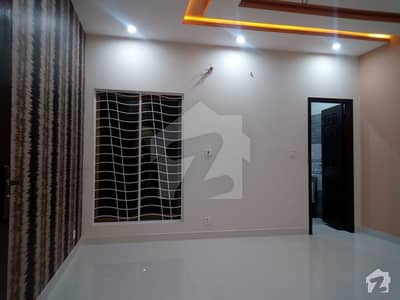 10 Marla Brand New House For Sale In Uet Society