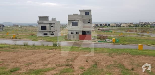 5 Marla Villas Available On easy 18 months installments