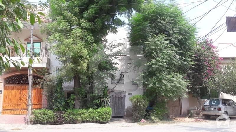House No 349-S For Sale - Farid Town Sahiwal