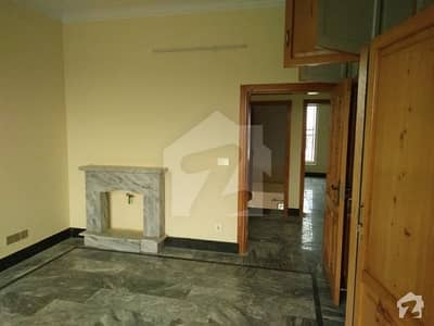 Kanal Portion House Available  For Rent In Islamabad B17