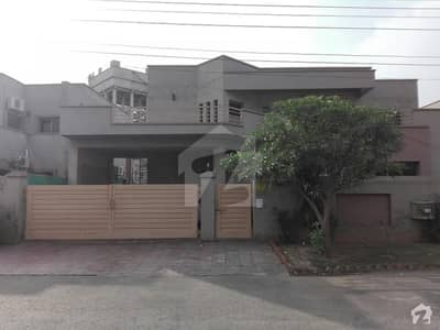 Askari 11 Good Location Best For Living 1 Kanal Double Storey House For Sale
