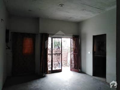 لدھڑ بیدیاں روڈ لاہور میں 3 کمروں کا 5 مرلہ بالائی پورشن 18 ہزار میں کرایہ پر دستیاب ہے۔