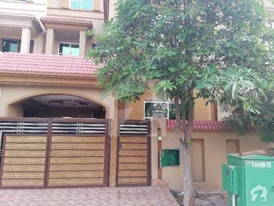 بحریہ آرچرڈ لاہور میں 3 کمروں کا 5 مرلہ مکان 36 ہزار میں کرایہ پر دستیاب ہے۔