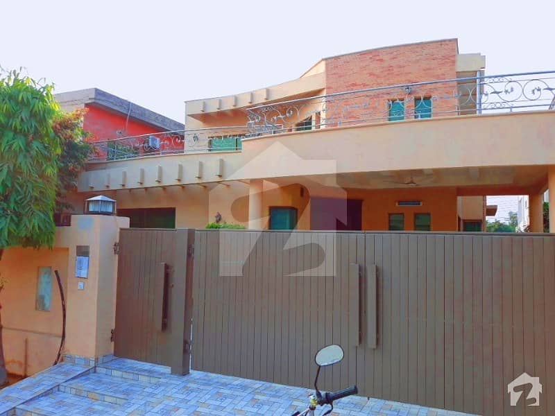 1 Kanal Beautiful Slightly Used Bungalow For Rent In Dha Phase 4