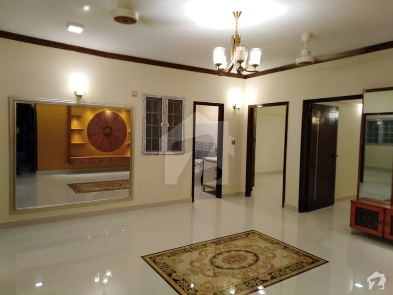 2nd Floor Flat With Lift Is Available For Sale