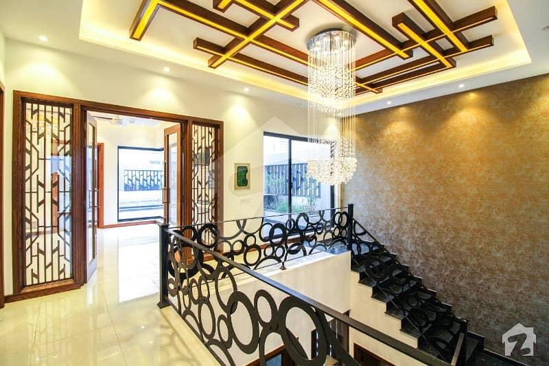 1 Kanal Lavish Design Bungalow With Basement Bungalow For Sale