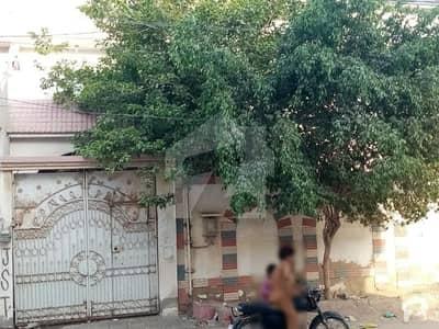 گلستان جوہر - بلاک 8-A گلستانِ جوہر کراچی میں 4 کمروں کا 8 مرلہ مکان 2 کروڑ میں برائے فروخت۔